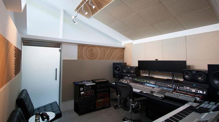 GlausHaus Studio Control Room