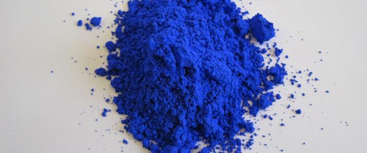 blue pigment large