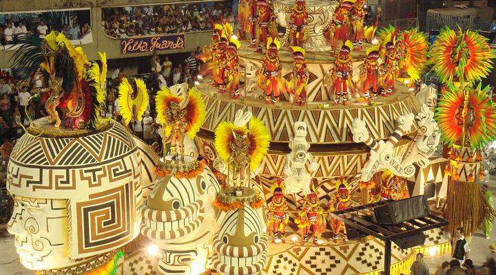 1024px-Carnival_in_Rio_de_Janeiro.jpg