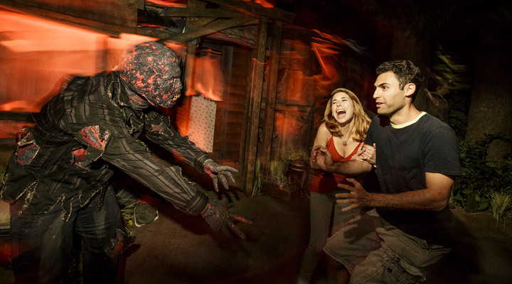 Universal-Studios-Hollywood-Halloween-Horror-Nights_The-Walking-Dead-1.jpg