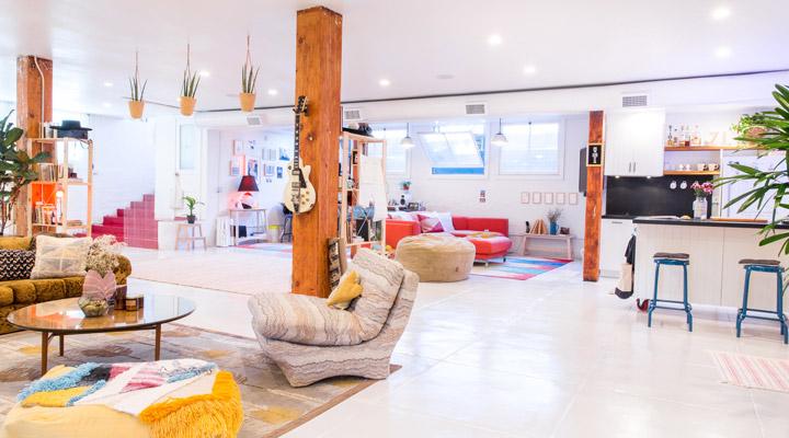 Livingroom corner perspective