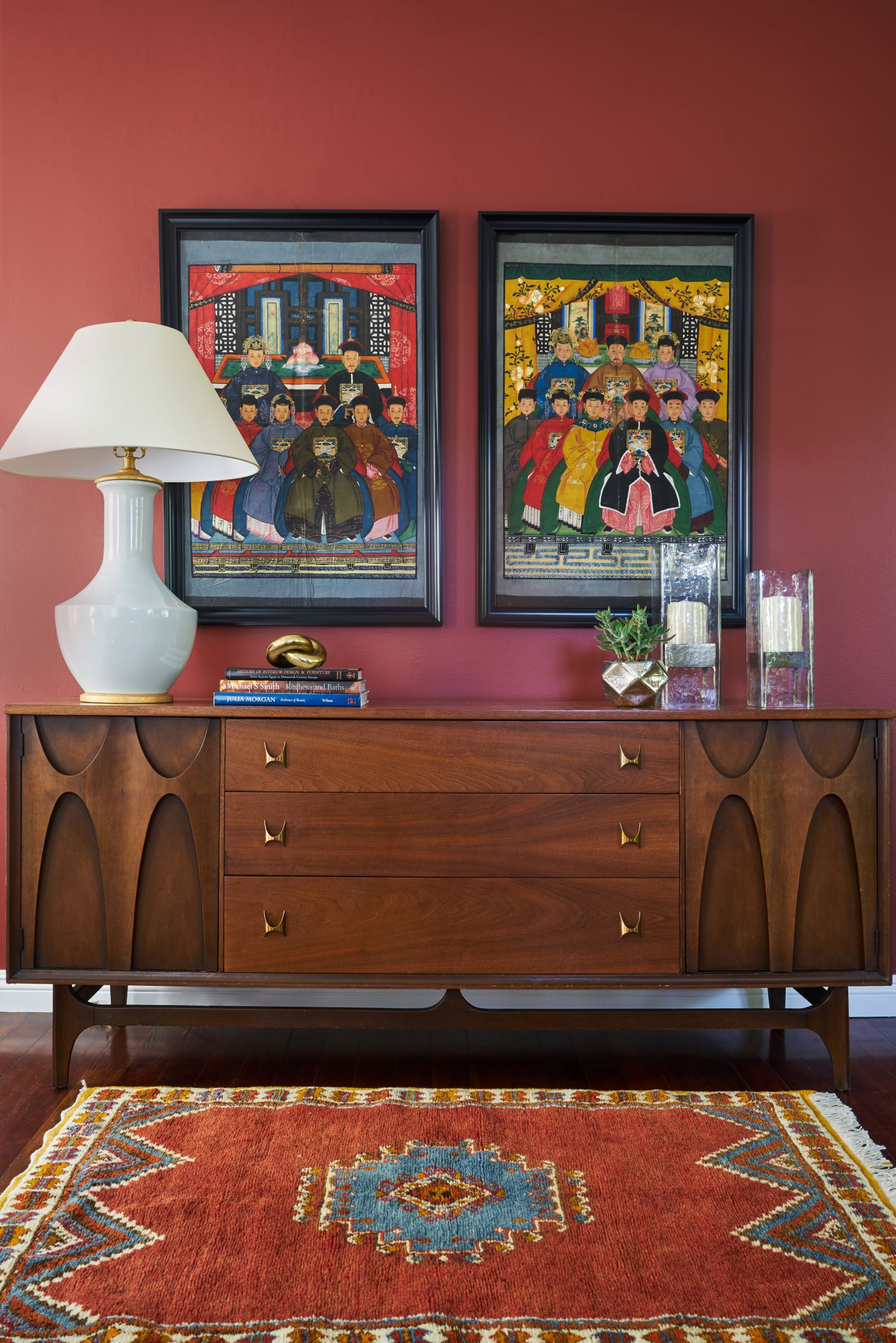 Dunn-Edwards Color of the Year - Spice of LIfe - Dining Room