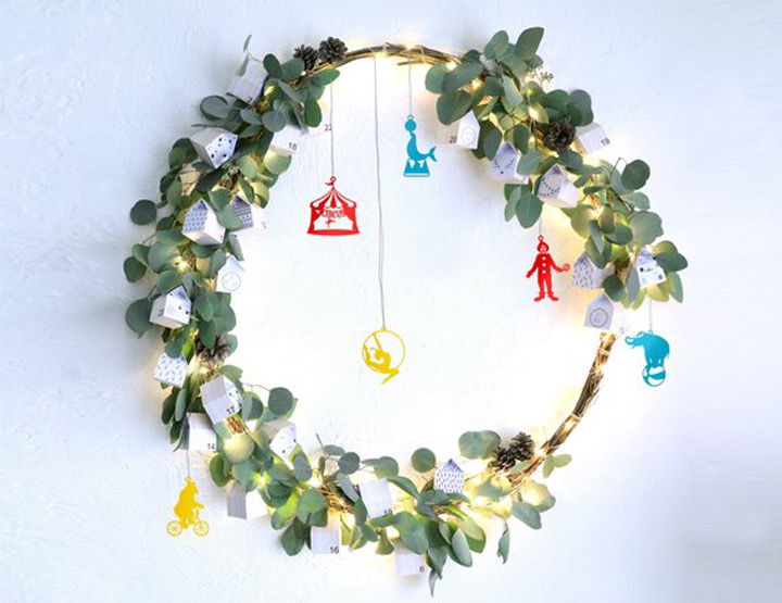 Minimalistic Circus inspired Xmas ornaments
