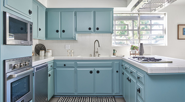 Airy blue Kitchen