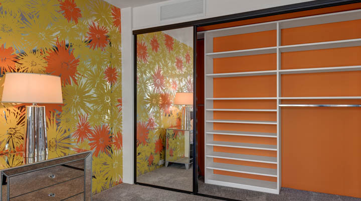FRONT_GUEST_BEDROOM_CLOSET_MATCHES_WALLPAPER-720x400.jpg