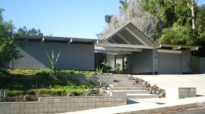 800px-Eichler_Homes_-_Foster_Residence__Granada_Hills-720x400.jpg