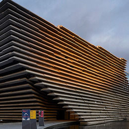 Small v a dundee scotland huftoncrow 061 720x400